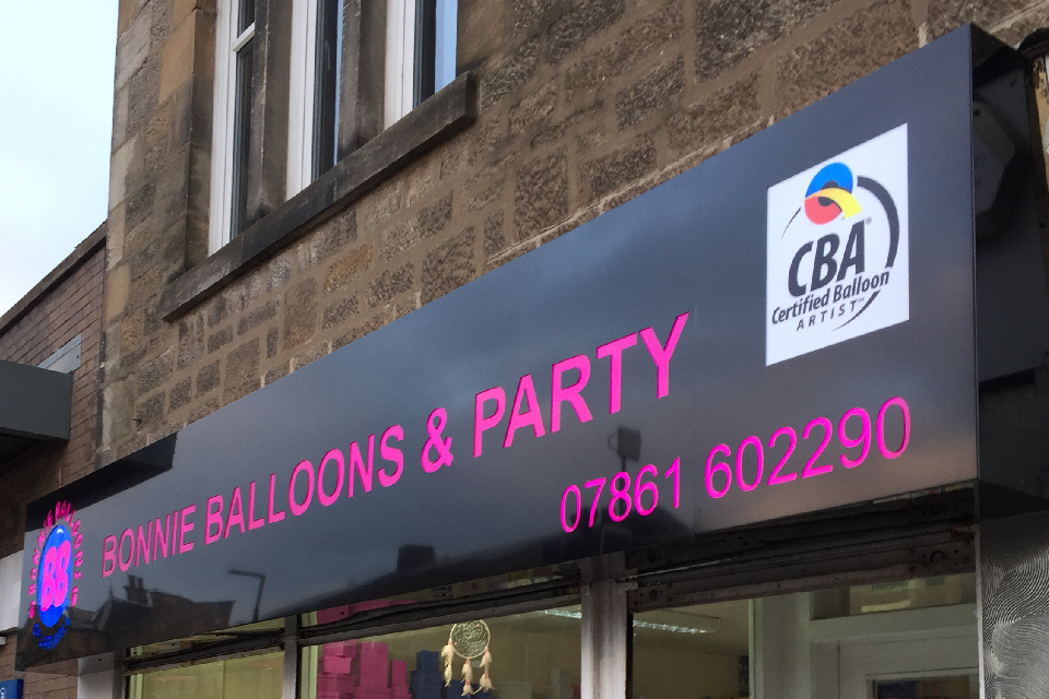 signs-glasgow-light-boxes-glasgow-bb-balloons-signs-glasgow