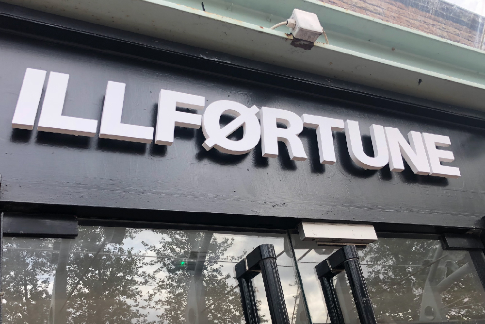 signs-glasgow-illfortune-foamex-letters-light-box-signs-glasgow-edinburgh-signs